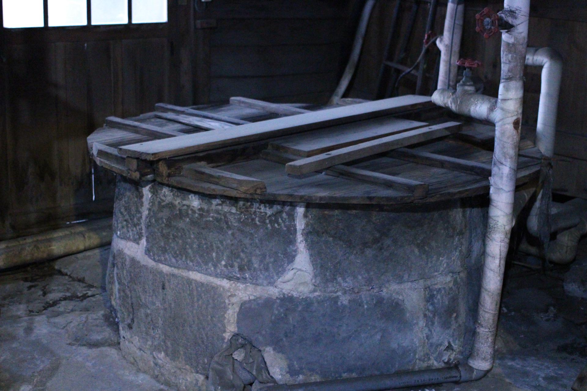 片山酒造の井戸