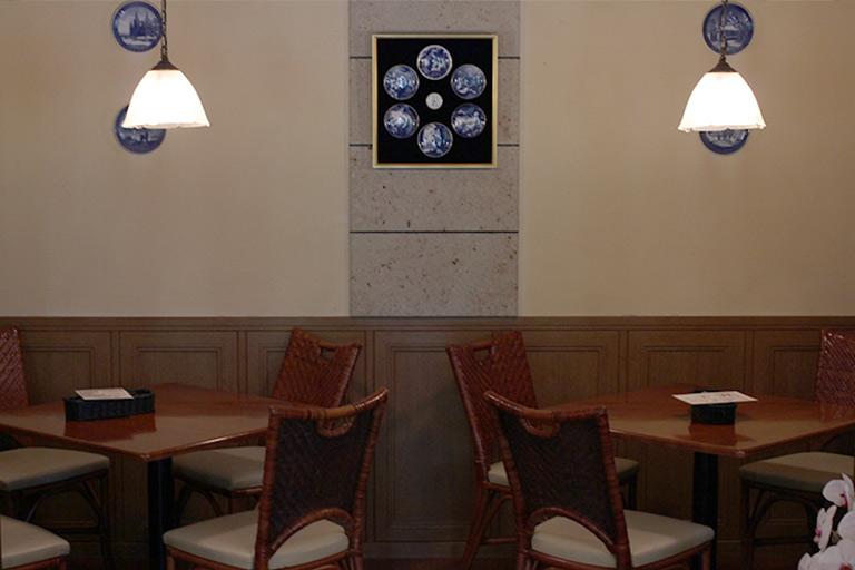 Café Salon de The OKA 店内