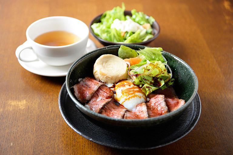 かまやカフェ NIKKO丼