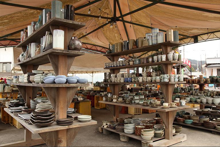 モダンな陶器「益子焼」を購入できるギャラリーとお店