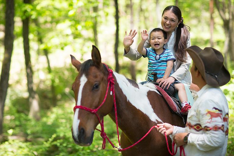 子どもも楽しめる、軽井沢のアクティビティで自然を満喫