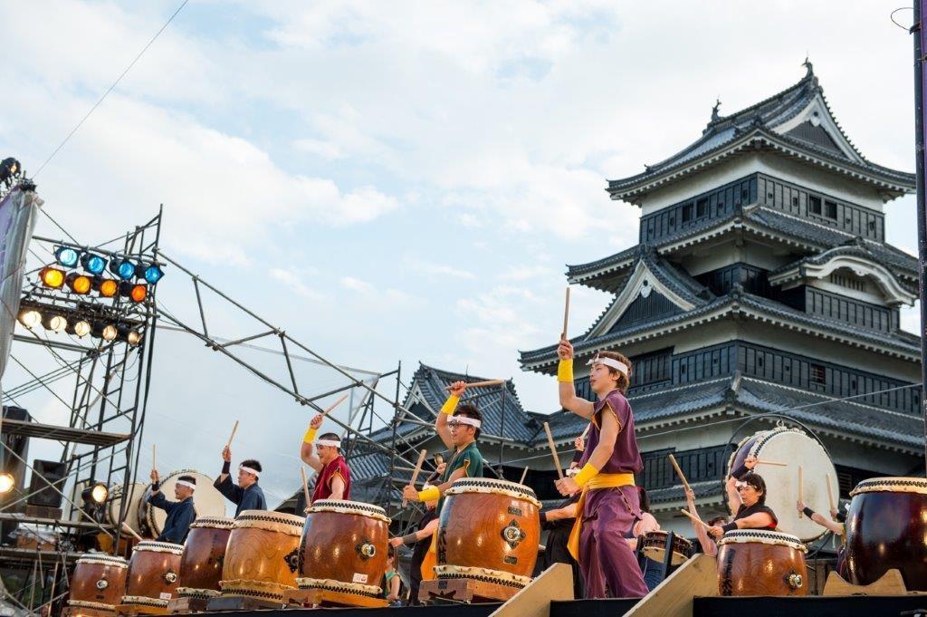 松本城の桜・紅葉・雪 ~四季の見どころ~