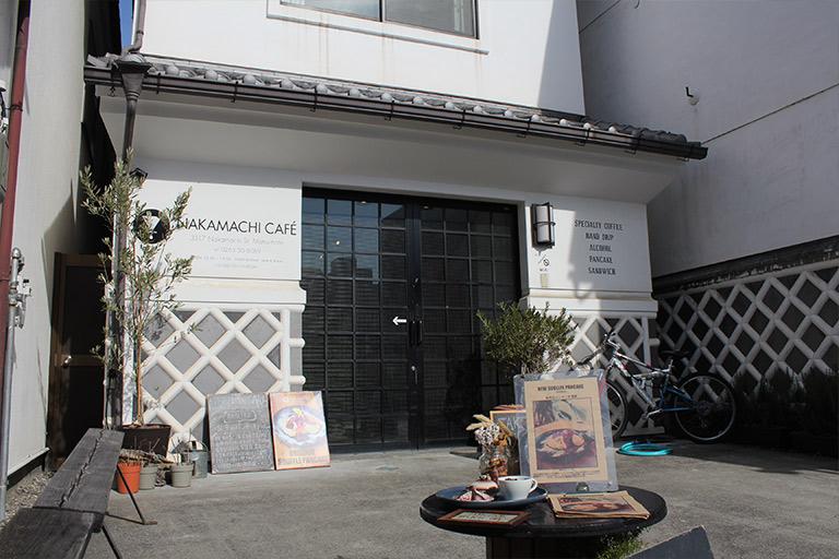 NAKAMACHI CAFENAKAMACHI CAFE 外観