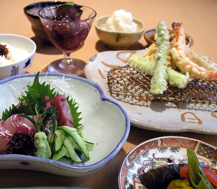 季節のミニ天ぷらコース2,500円
