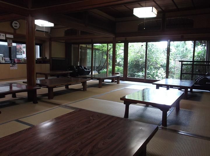 落ち着いた雰囲気の休憩室