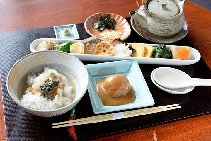 日本料理 炉心庵(ろこあん)