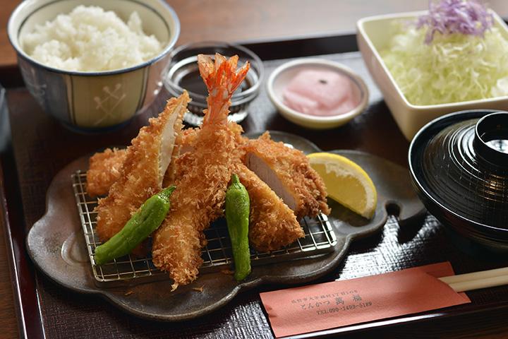ミックスフライ定食1,200円