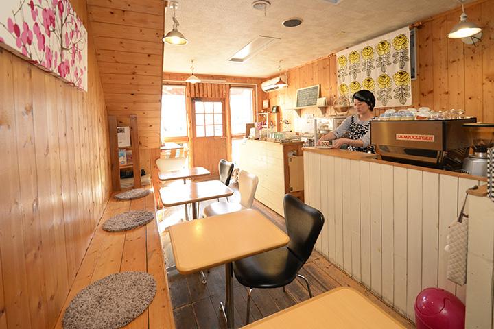 幅広い年代の人に愛される、アットホームなカフェ