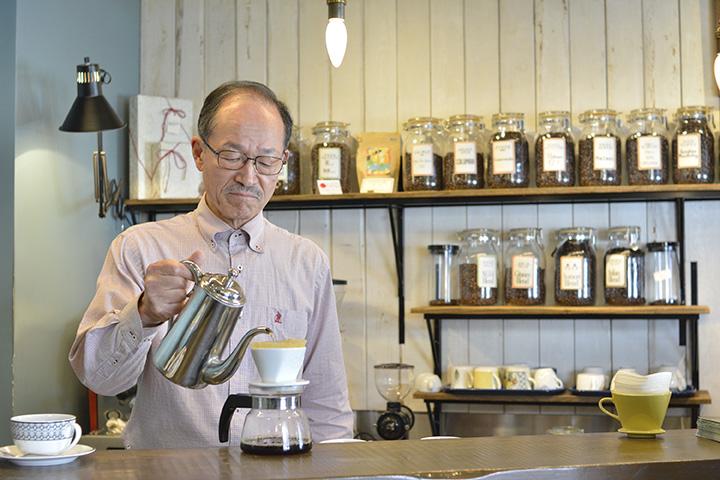 自分の好みを伝えれば、おすすめのコーヒーを提案してもらえる