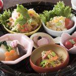 人気のレストランからお子様連れ歓迎の店まで、十和田&奥入瀬で訪れたい名物ランチスポット