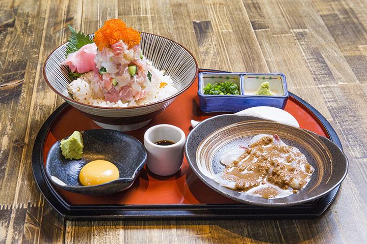 海鮮みぞれ丼 うずわ出汁茶漬け付き1,580円