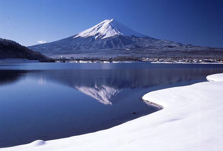 河口湖(富士五湖)の冬(12~2月)の気温・服装について