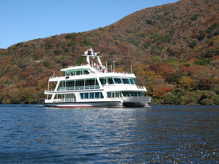 芦ノ湖(遊覧船)