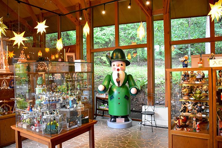 インテリアとしても人気。多彩なおもちゃが揃うショップ「木のおもちゃのお店」