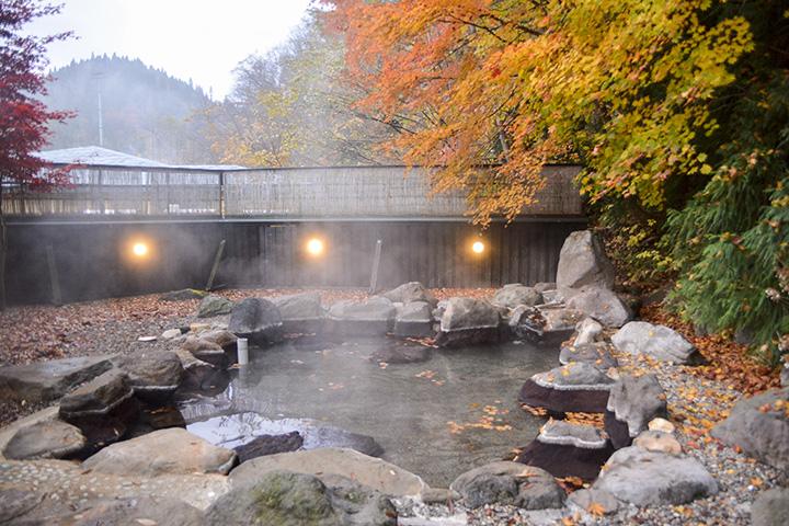 秘湯を訪ねて、弘前から車で40分以内の日帰り温泉5選