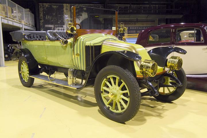 1911年に発売された「RENAULT(ルノー) 35CV」