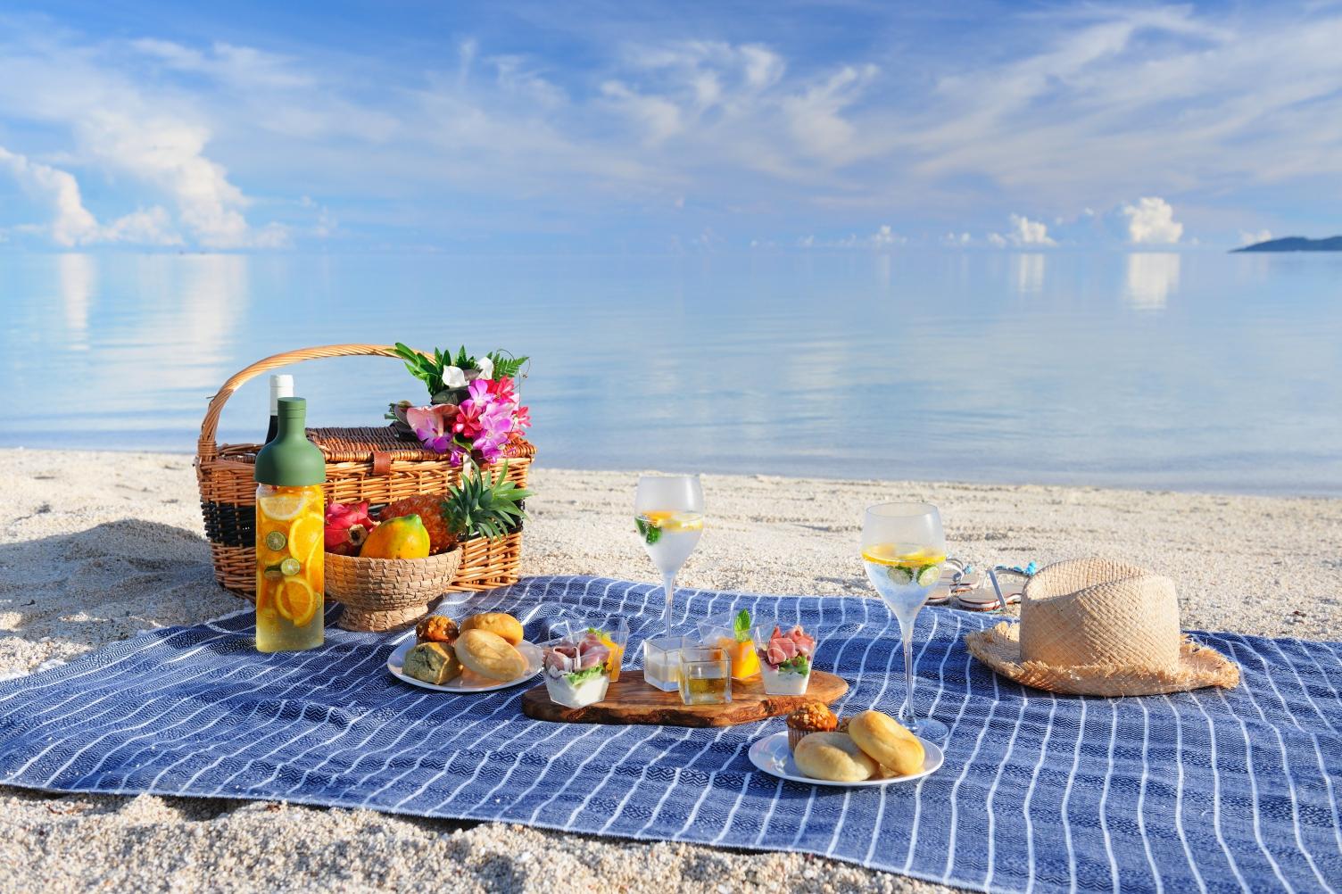 のんびりとした島時間の中で楽しむピクニック