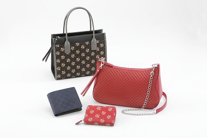 ショルダーバックやハンドバック、財布など、商品の種類も豊富