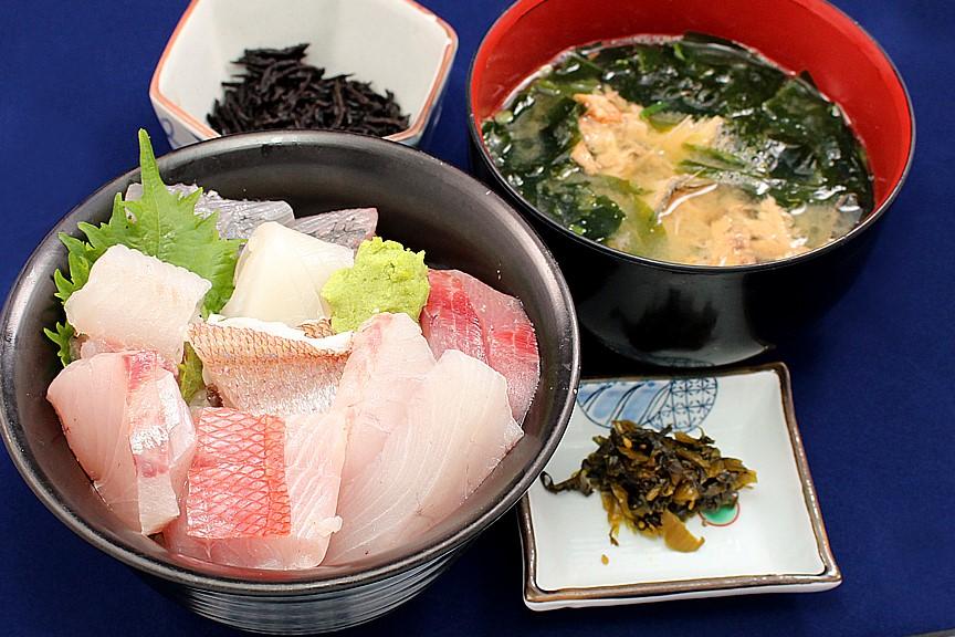 ジオ丼定食1,500円