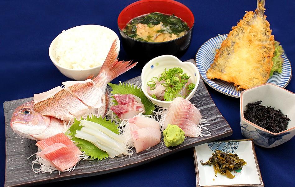 波魚波定食2,160円