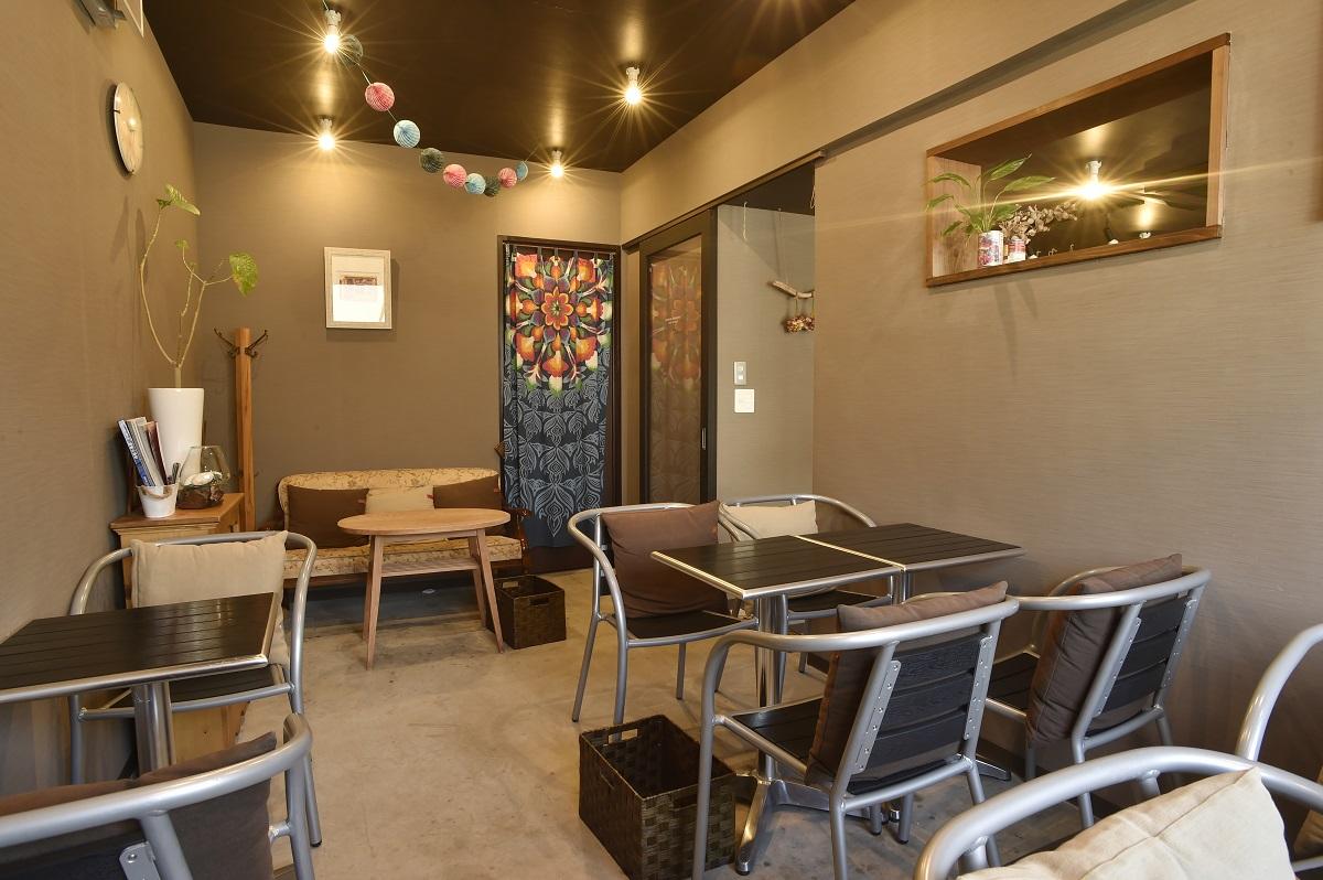 気軽に立ち寄れるカフェスペース