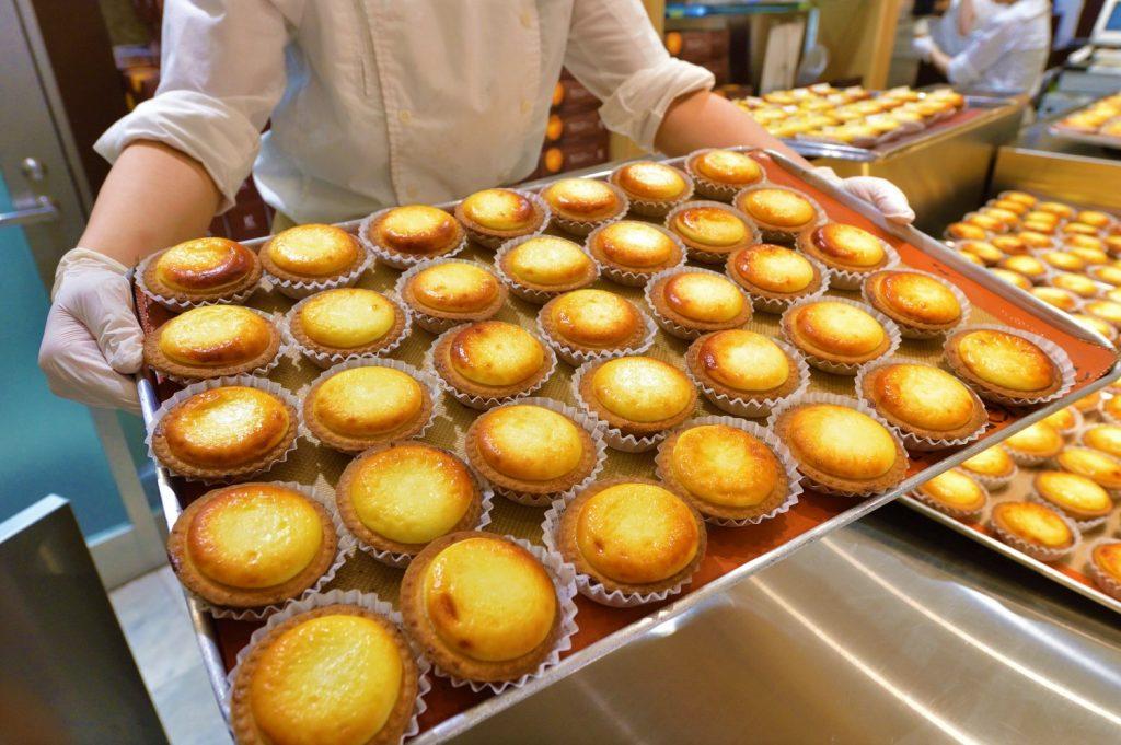 新千歳空港でおすすめのお土産ショップ&グルメ7選【お菓子から海鮮まで】