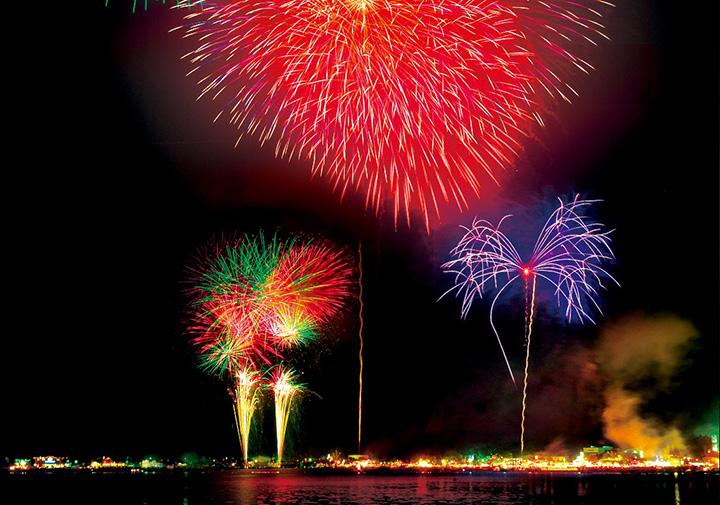 山中湖報湖祭 花火大会 8/1(日)20:00~20:30