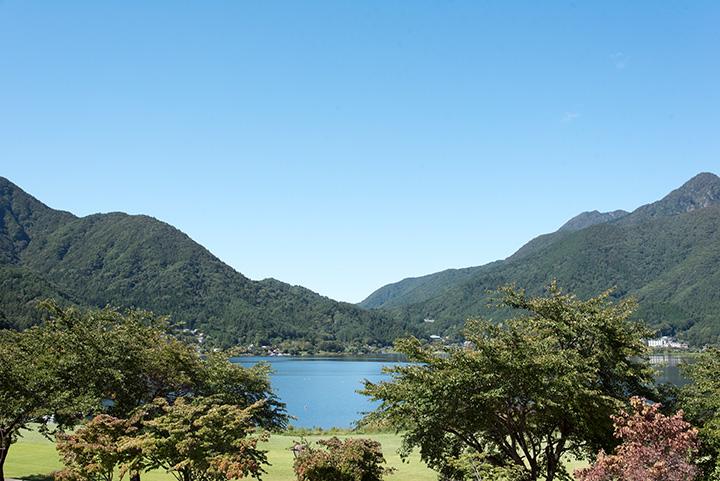 展望台からの河口湖の眺め