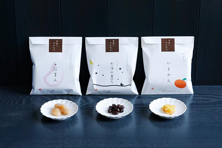 白花豆や黒大豆などの「甘納豆」は約15種類、「糖果子」は「いよかん」など季節により2~4種類