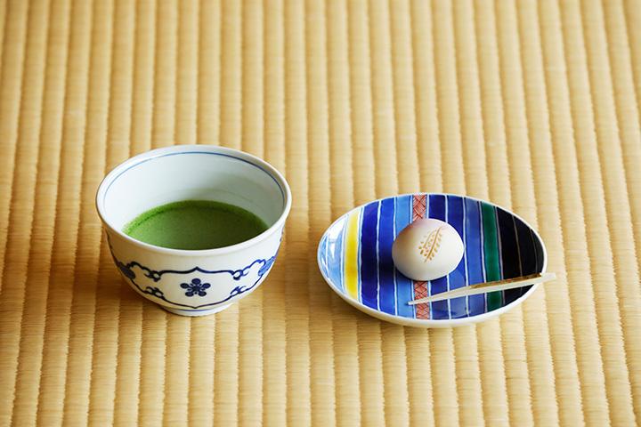 抹茶720円にはオリジナル生菓子付き