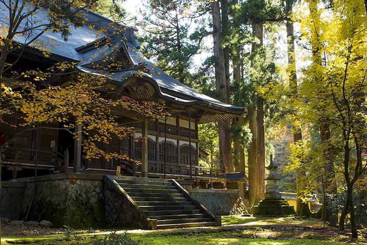 創建は鎌倉時代。大自然と一体化した壮大な佇まいに癒される 写真提供:大本山永平寺