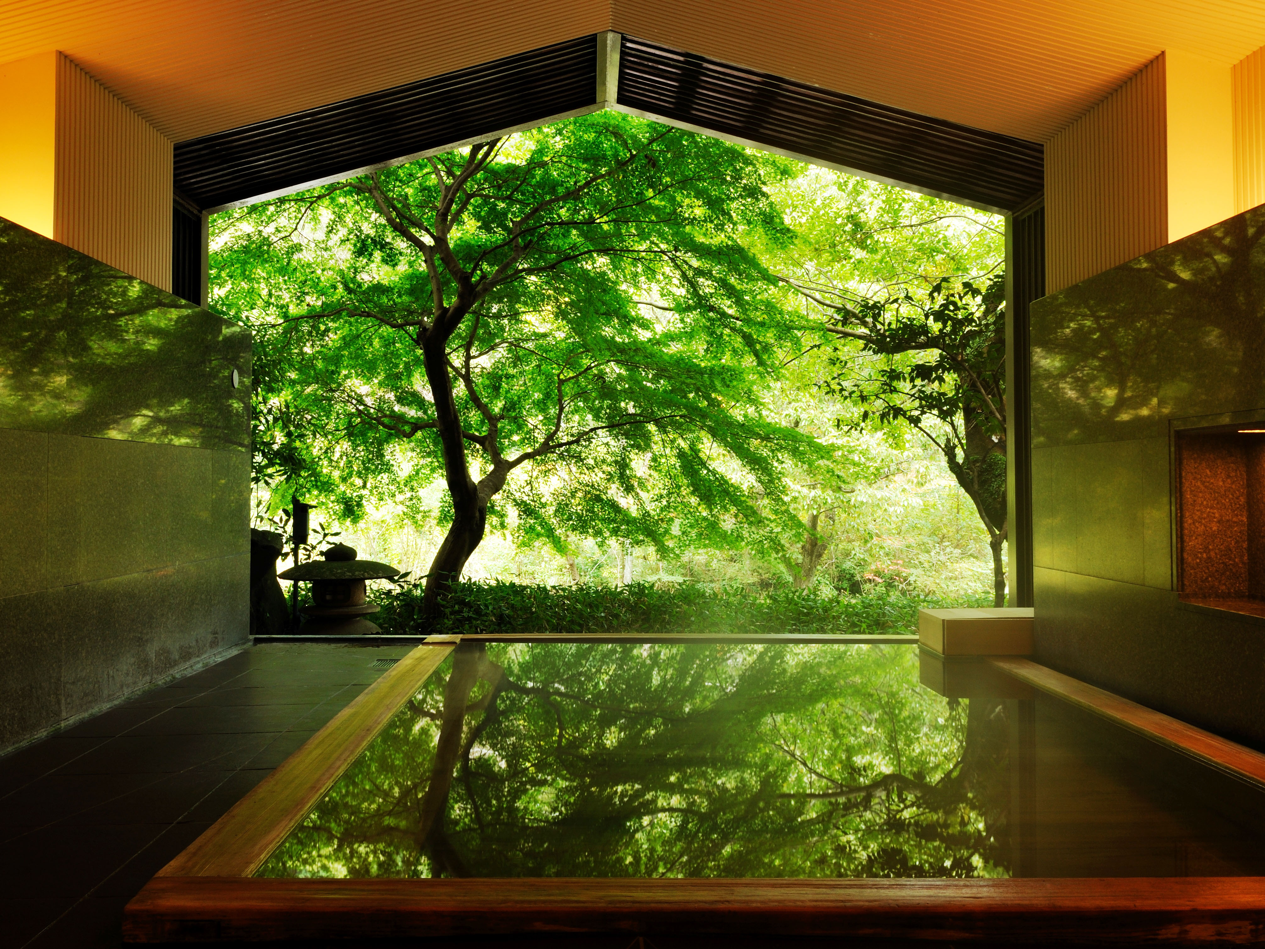 箱根でおすすめの観光スポット8選。混雑を回避できる穴場もご紹介