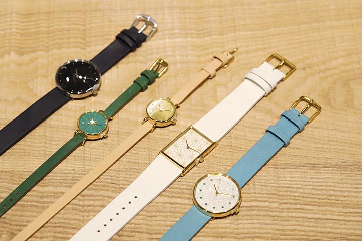 繊細な色合いが美しいHANAMOKKO(はなもっこ)の腕時計。時計20,000円〜、ベルト2,000円〜(各税別)