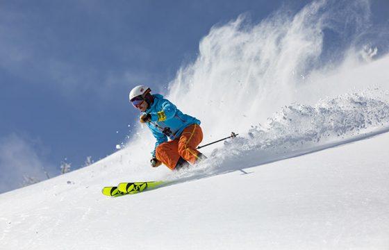 【2021年版】パウダースノー天国、北海道の人気スキー場6選