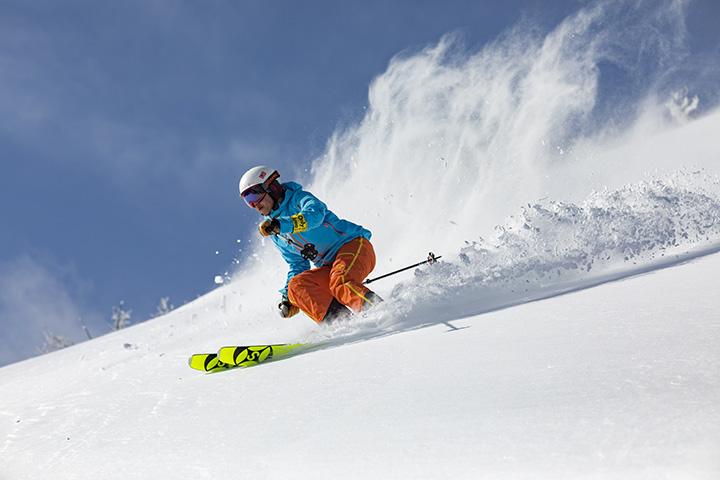【2020年版】パウダースノー天国、北海道の人気スキー場6選