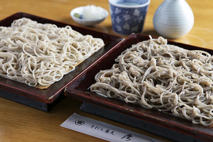 味わいの異なる「せいろ」(左)と「彦」(右)、各1,100円[/caption]