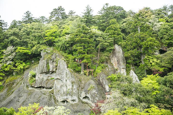 国の指定名勝の「奇岩遊仙境(きがんゆうせんきょう)」
