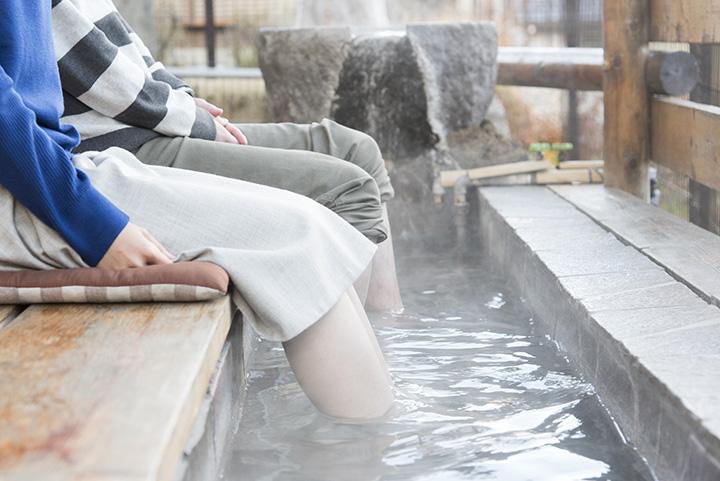 箱根のおすすめ足湯。カフェ併設から絶景自慢まで、厳選5 湯