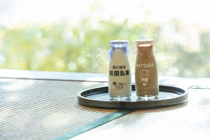 「富より健康」のキャッチコピーとイラストがかわいい「松田びん牛乳」、「松田コーヒー」各130円