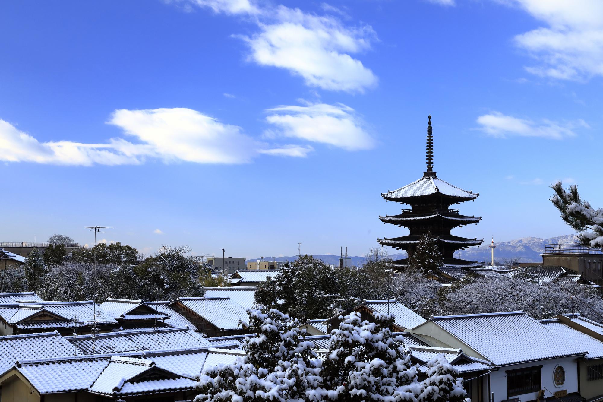 京都の雪風景