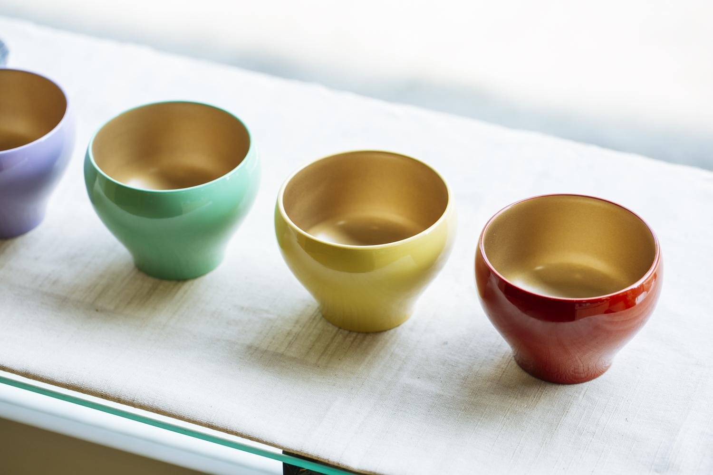 内金仕上げの華やかな「デザートカップ」(直径9cm×高さ7cm)。1個3,300円