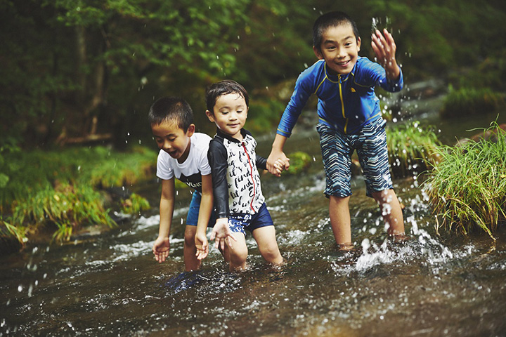 那須高原で川遊び
