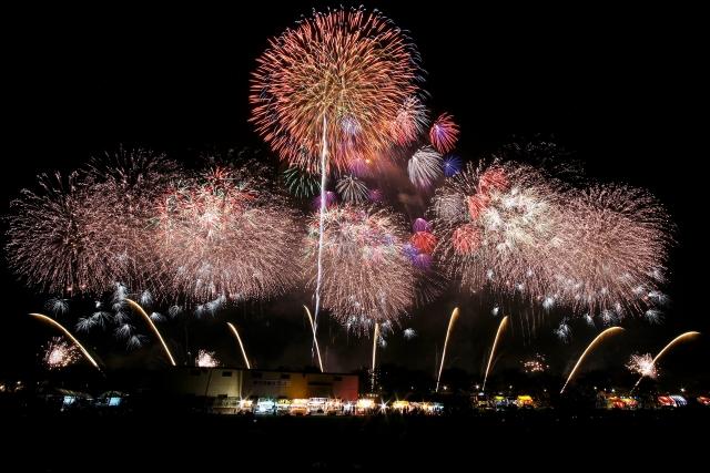 土浦市の秋の名イベント「土浦全国花火競技会」