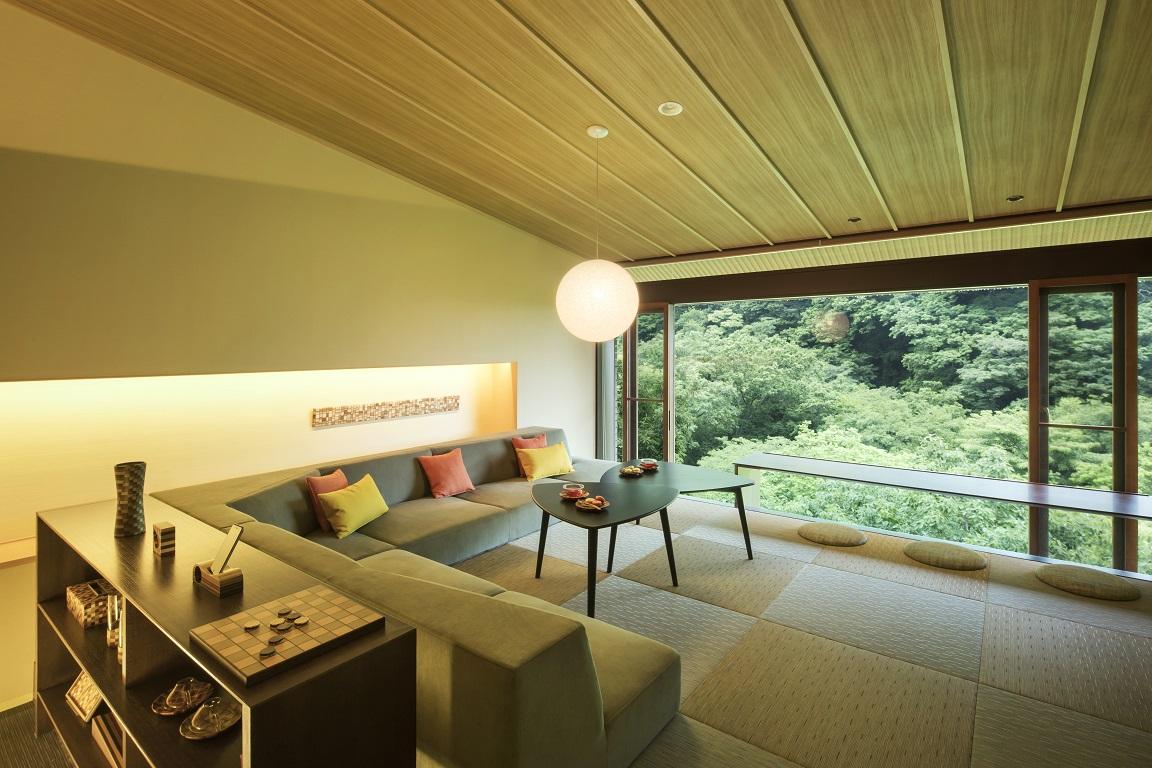 箱根寄木細工に囲まれてくつろげる客室(ご当地部屋)もご用意