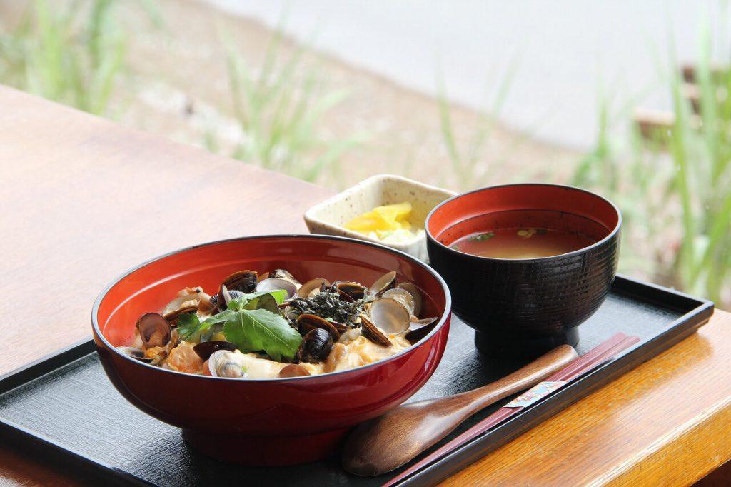 鯛めしも海鮮丼もしじみ丼も。出雲・松江の名物を楽しむ絶品ランチ6選