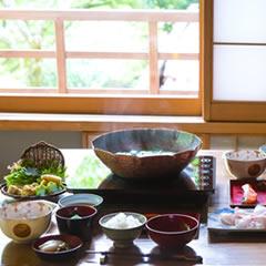 極上朝食「冬の贅 ぐじの白味噌鍋」