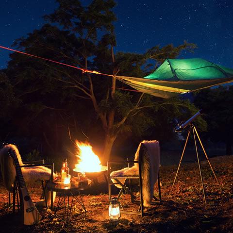 星降る森の空中テント