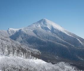白銀の日本百名山を愛でる