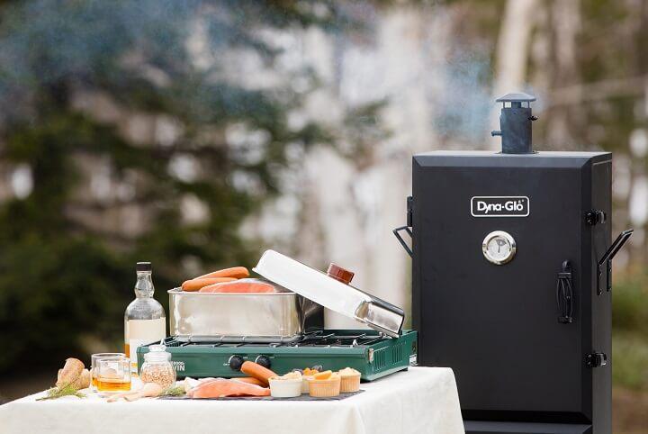 【トマム】鮭旅_燻製づくりイメージ