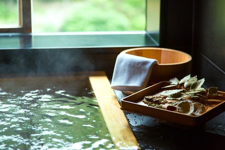 【星のや京都】草根木皮の湯編集済